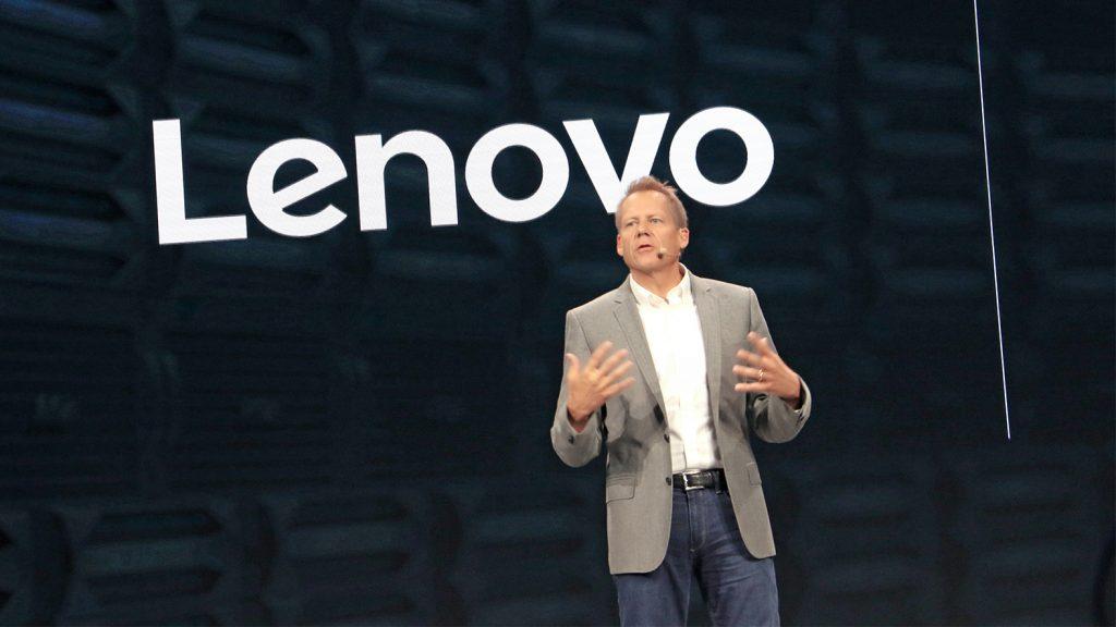 Doug Fisher, director de operaciones y vicepresidente senior de unidades de negocio, DCG Solutions, Lenovo.